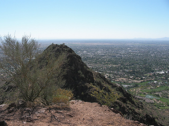 Hiking Before the Heat Strikes in Gilbert! Camelback